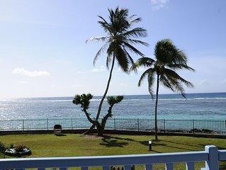 Sainte-Anne, appartement face à la mer, accès direct plage
