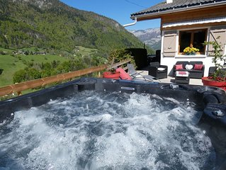 Chalet  Lac d'Annecy Bébé confort clim jacuzzi garage wifi animaux acceptés.