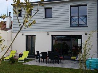 Belle maison neuve climatisée avec jardin