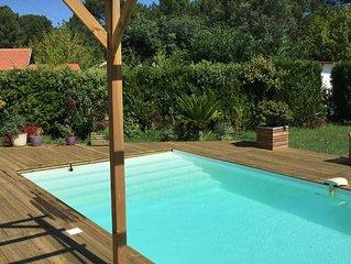 APPARTEMENT MEUBLE 98 M2 au rez de chaussé d'une maison avec piscine PRIVATIVE