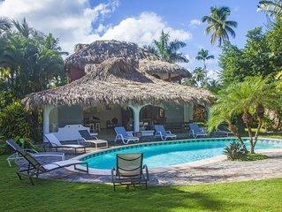 Villa de caractère alliant le style caribéen et vintage avec sa piscine privée