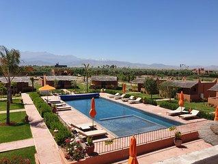 Domaine privé de 10 à 32 pers ,9 bungalows dont 4 avec picine privée.  Marrakech