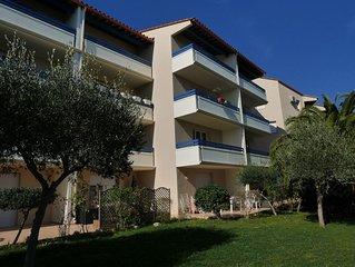 Canet T2 de 41 m2, 2 parkings DONT un à coté de la MER, Wifi, Chambre Climatisée