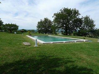 Charme d'un  mas en Luberon, calme, vue panoramique, piscine , cheminee
