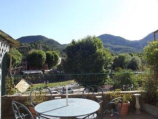 SOSPEL au coeur du village,meuble 2* par Gites de France avec terrasse