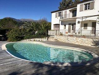 Grande villa avec piscine a Saint-Paul de Vence, region de Nice