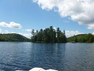 Un havre de paix devant un lac