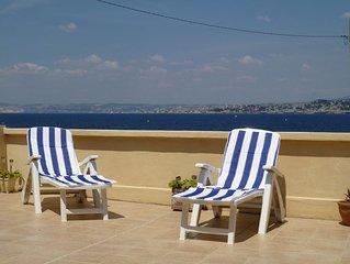 Maison sur le Port vue panoramique sur la baie de Marseille