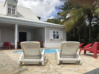 Grande et belle villa - piscine - a 2 pas de la plage