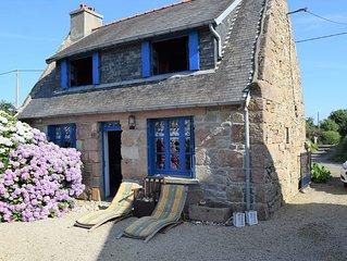 Maisonnette bretonne a 2km de la plage de Trestraou et du centre ville de Perros