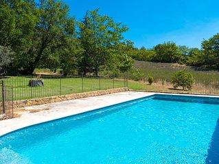 Ancien mas provencal avec piscine à Lourmarin en sud Luberon