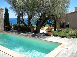 villa 4 étoiles-bord de mer et vue exceptionnelle mer-calme - piscine chauffée