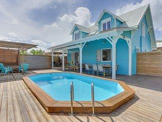 Villa creole, 4 ch climatisees, piscine privee et a cote de la plage