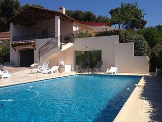 3 min de la mer, Portissol, Sanary,  belle villa contemporaine, grande piscine