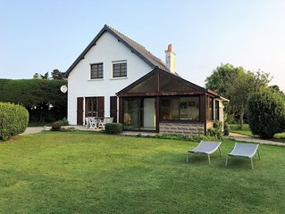 Belle villa a 400m plages dans le quartier tranquille et typique du Haren a Treg
