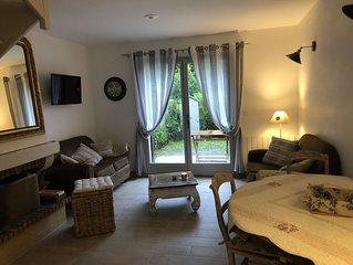 Joli Cottage avec petit jardin dans residence tres calme