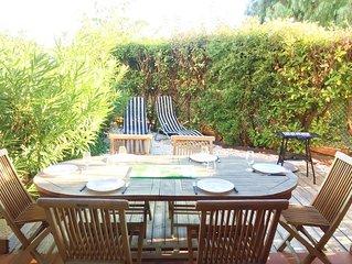 Belle villa T3 avec terrasse et jardinet, parking / wifi, résidence sécurisée