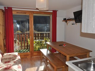 Residence 'Pierre Blanche', situee dans le secteur des Contamines. Residence neu