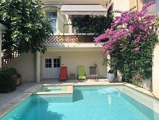 Jolie villa avec piscine and Wifi