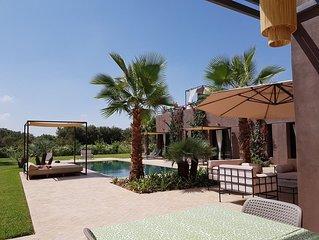 Villa moderne 6 p. Silence, confort, services à 20 mn de Marrakech