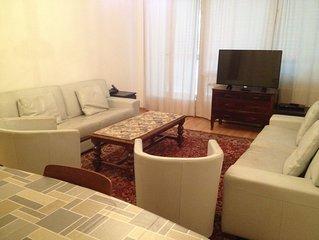Appartement rénové et entièrement équipé, centre ville, pour 4 personnes max.