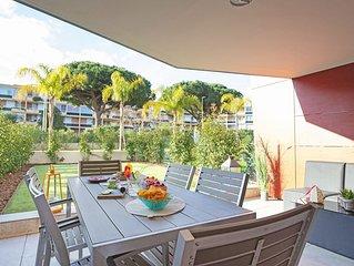 Appartement rez-de-jardin / Residence avec piscine sur le toit / Superbe vue pan