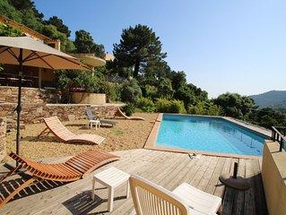 Belle Villa avec piscine pour 8 personnnes Le Rayol