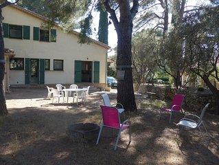 'Les Oliviers', villa T4 avec jardin à proximité plage et port de Sanary