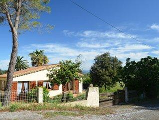 Maison ideale pour famille, rue calme, terrain clos, piscine/ tennis collectifs