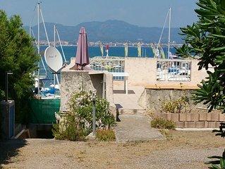 Studio climatisé 4 personnes accès direct plage, port, vue exceptionnelle
