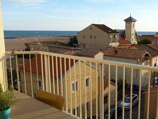 T2 cabine en duplex , vue mer à 50 m de la plage