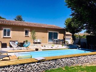 jolie villa avec piscine proche d avignon