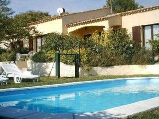 Appartement T2 + piscine à Aurons-7 km Salon de Provence & 25km Aix en Provence