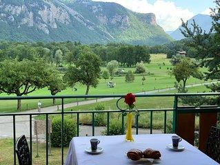 LE BALCON DU GOLF avec piscine a 5mn du Lac d'Annecy montagnes de Haute Savoie