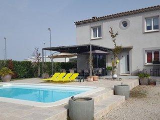 Maison + piscine independante  proche d'Avignon/ entre Mont Ventoux et Luberon