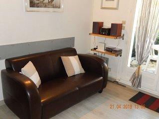 MAISON DE 40 m2 SANARY 2 chambres +parking+wifi+PISCINE
