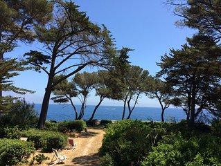 Villa au bord de l'eau, grand jardin ombrage, terrasses, vue magnifique
