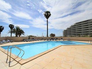 3 pièces en front de mer avec piscine et parking