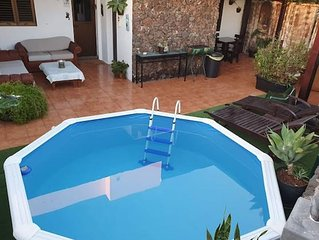 Superbe villa avec piscine and jardin