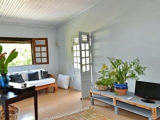 La résidence au manguiers dans les hauteurs du Carbet vu sur la mer des Caraibes