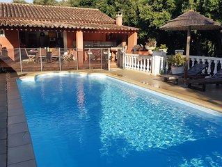 'Villa Casa Rossa' Plage canetto, parc privé sans vis a vis avec piscine privée