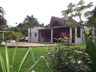 Location villa avec piscine jacuzzi a la campagne au calme