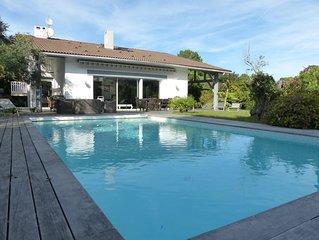 Villa Pyla 10 pers. dans les pins avec piscine et jardin