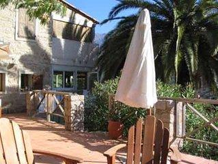 Villa de charme dans site classe exceptionnel avec vue sur mer et la montagne