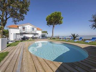 Exceptionnelle grande villa de 7 chambres au bord de l'océan