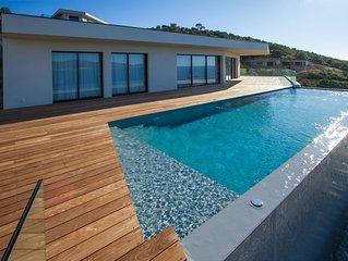 Luxueuse villa avec piscine, au sud d'Ajaccio, vue 'magique' sur mer et montagne