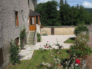 Maison de Vigneron - Santenay - Cote d'Or