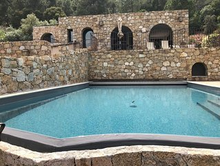 Villa avec piscine privée chauffée, vue mer à 7min à pied de la plage