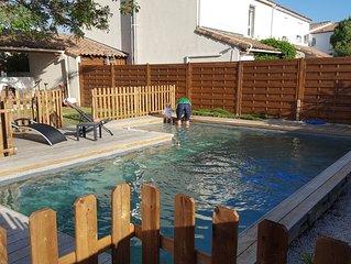 Maison avec piscine, idéale pour famille avec petits