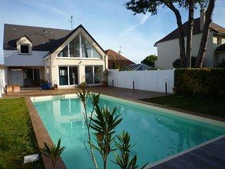 Belle maison de vacances, très proche de la mer avec piscine privée